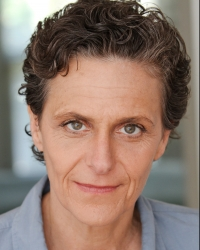 Amy Thone Headshot Image