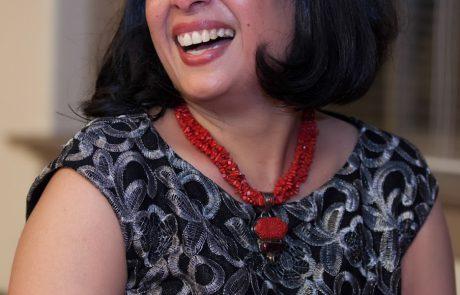 Meenakshi Rishi Headshot